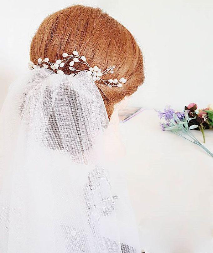 Bun & Chignon Hairstyles by Après Makeup - 011