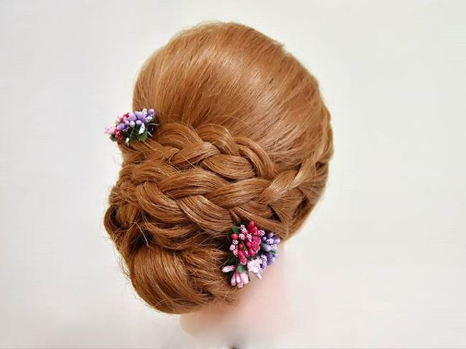 Bun & Chignon Hairstyles by Après Makeup - 008