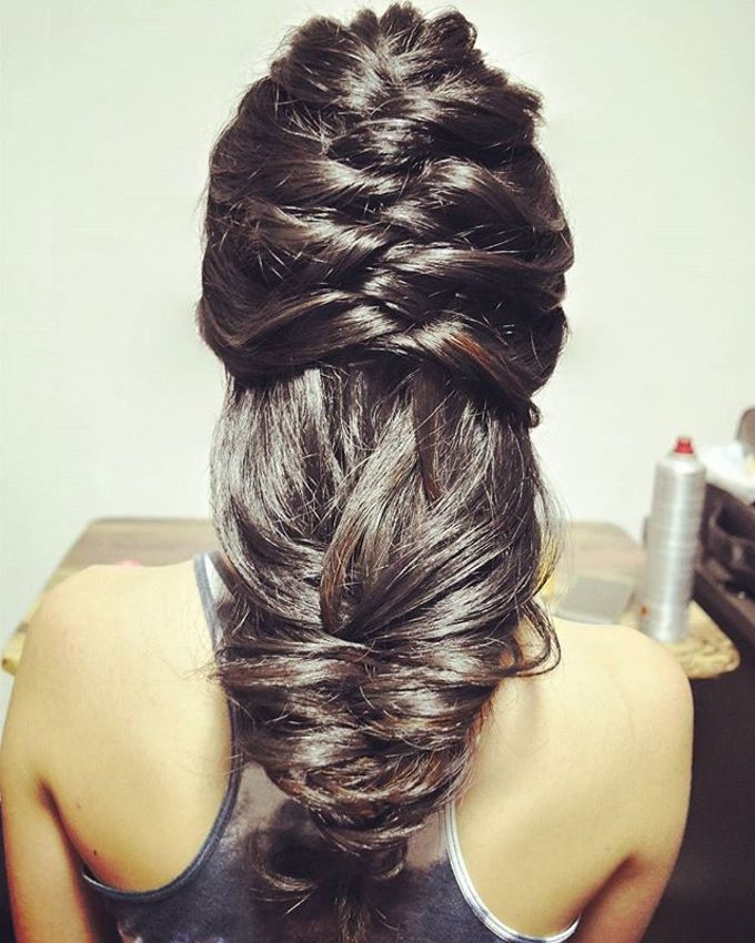 Half Up & Let Down & Pony Bridal Hairstyles by Après Makeup - 006