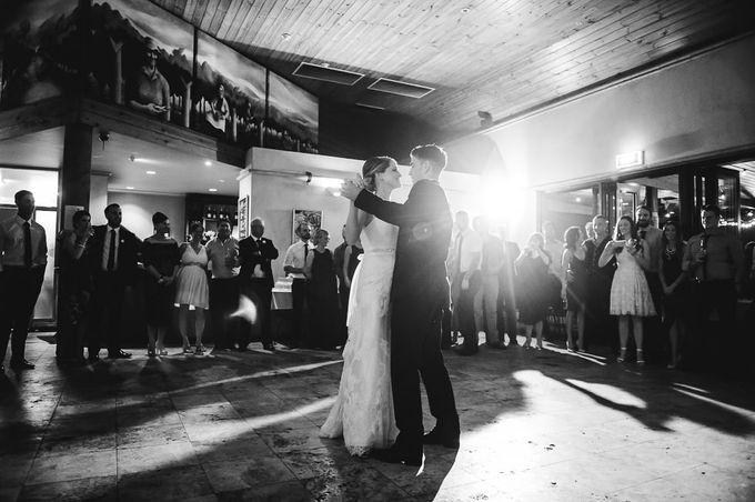 Hannah and James Wedding by iZO Photography - 042