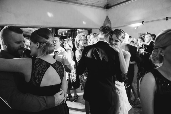 Hannah and James Wedding by iZO Photography - 044