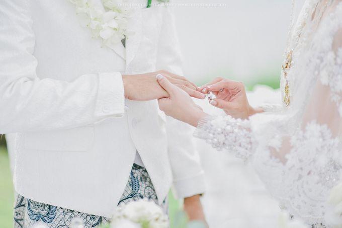 Ayu Hastari & Ryoichi Hutomo Wedding Day by Thepotomoto Photography - 025