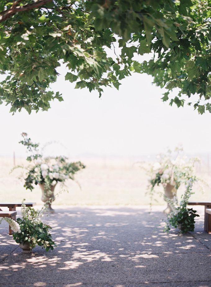 Blue & White Garden Wedding at Carneros Inn by Jen Huang Photo - 027