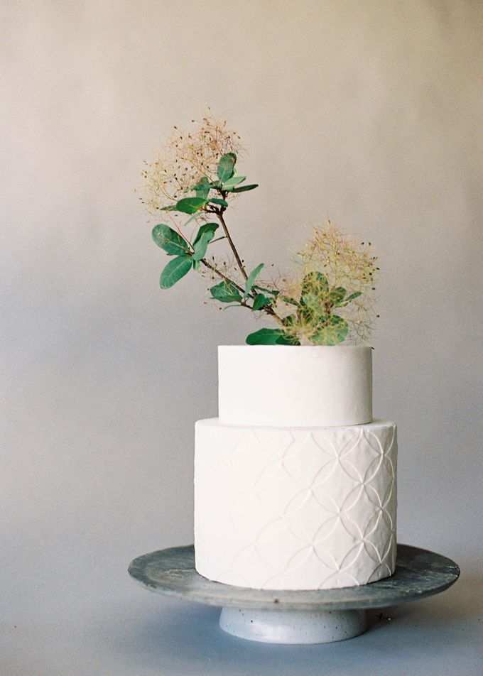 Lush Botanical Cake Design Inspiration for the Naturalist Bride by Jen Huang Photo - 022