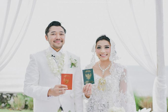 Ayu Hastari & Ryoichi Hutomo Wedding Day by Thepotomoto Photography - 019