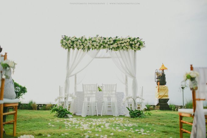 Ayu Hastari & Ryoichi Hutomo Wedding Day by Thepotomoto Photography - 046