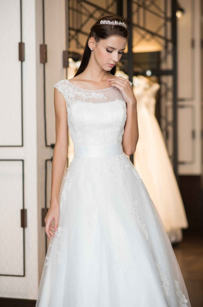 Gown Collection by My Dream Wedding - 026