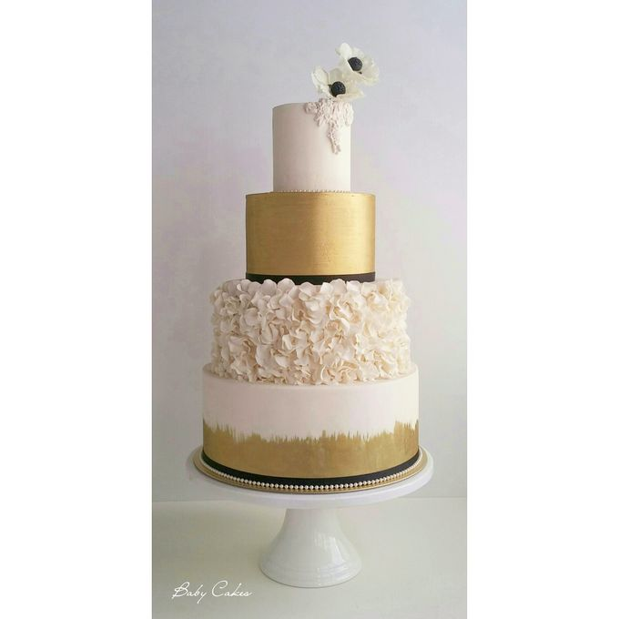 Single tier and multi tiered cakes by Baby Cakes - 001