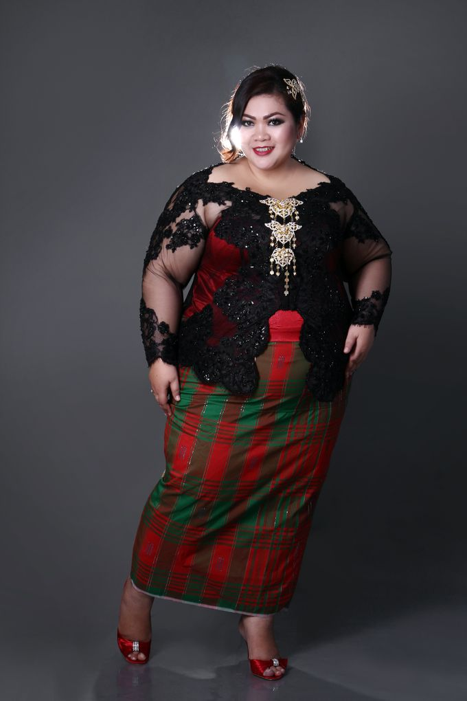 Our Exclusive Plus Size Kebaya and Formal Dress by Curvilínea by Pia Haryono - 007