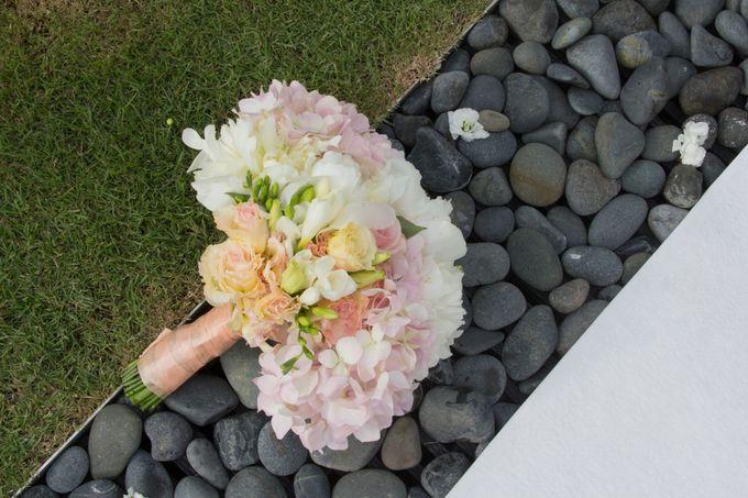 SPELLBOUND WEDDING BOUQUET by Spellbound Weddings - 010