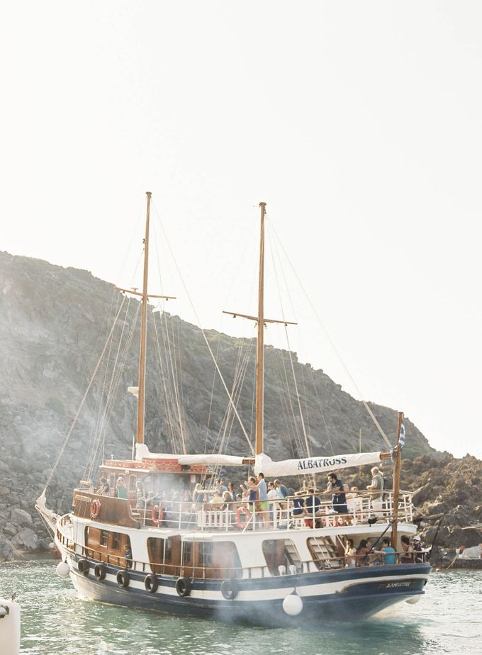 Classic and Beautiful Olive Green and Sea Blue Wedding in Santorini, Greece by Jen Huang Photo - 029