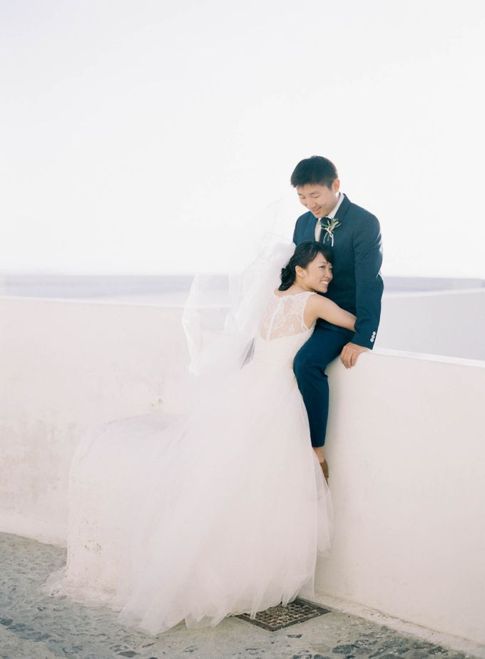 Classic and Beautiful Olive Green and Sea Blue Wedding in Santorini, Greece by Jen Huang Photo - 034