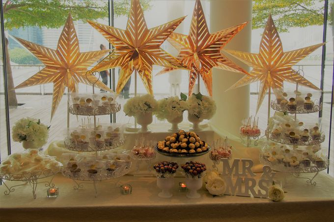 Gold and Soft White Dessert Table by Marina Bay Sands - 002