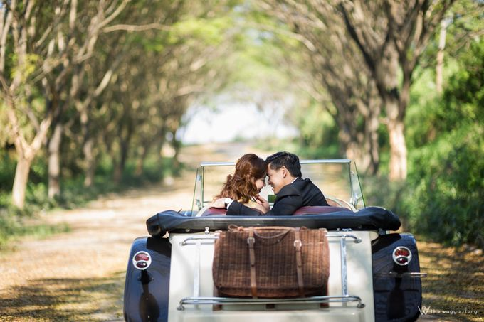 It Takes Two to Tango - Engagement Session by Tata by The Wagyu Story - 002
