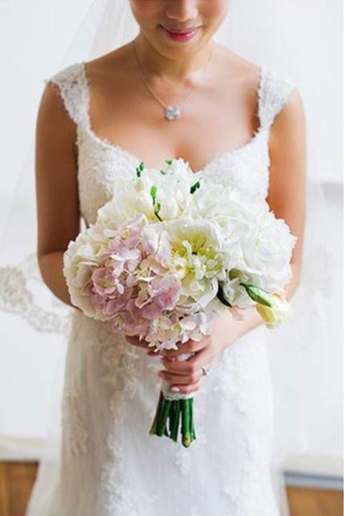 SPELLBOUND WEDDING BOUQUET by Spellbound Weddings - 006