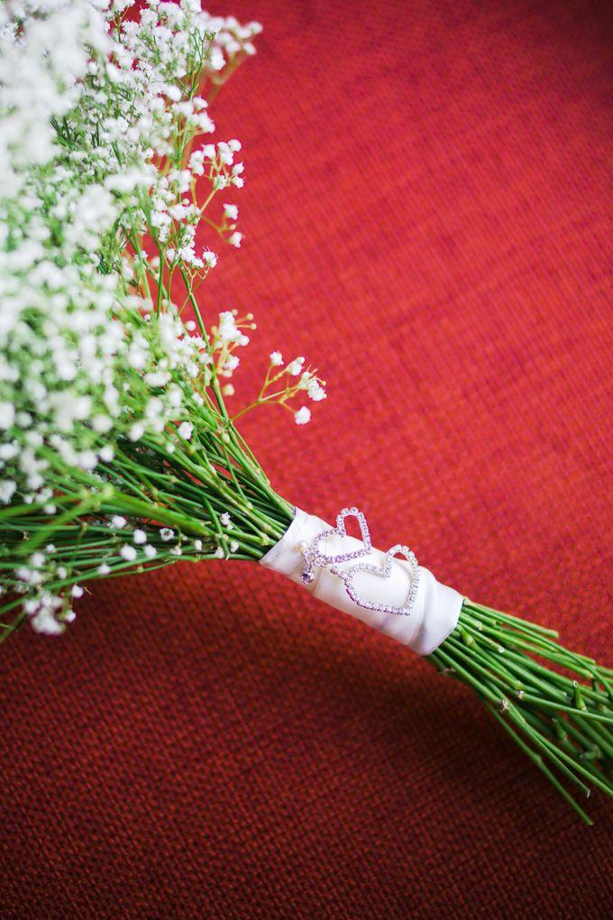 SPELLBOUND WEDDING BOUQUET by Spellbound Weddings - 009