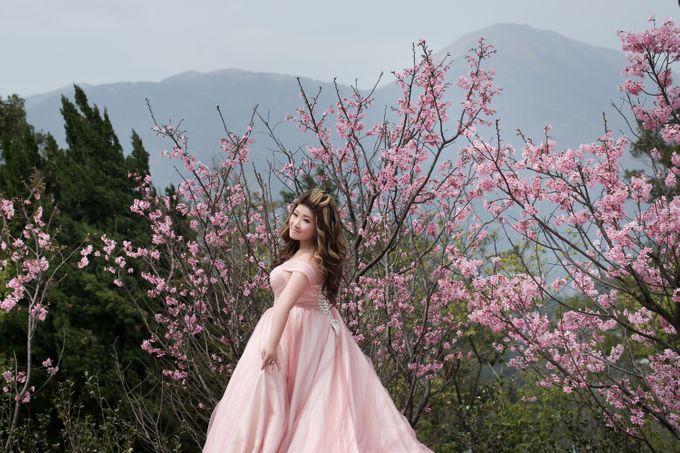 Studio Pre-Wedding Shoot by Memoire & Co - 030
