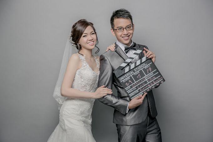 Studio Pre-Wedding Shoot by Memoire & Co - 046