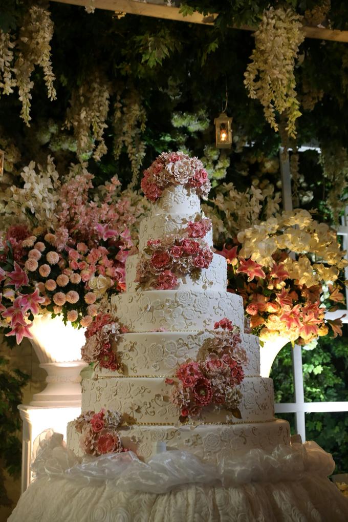 The wedding of gunawan yuliana by femys bridestory the wedding of gunawan yuliana by pf decoration 003 junglespirit Images