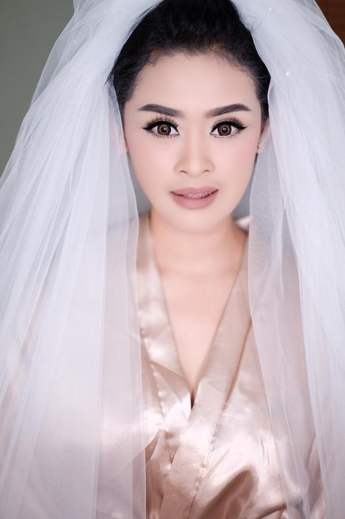 Untitled by Natalia Ingkiriwang Bride Make Up - 003