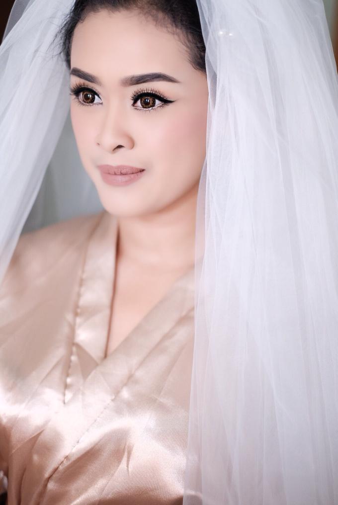Untitled by Natalia Ingkiriwang Bride Make Up - 002