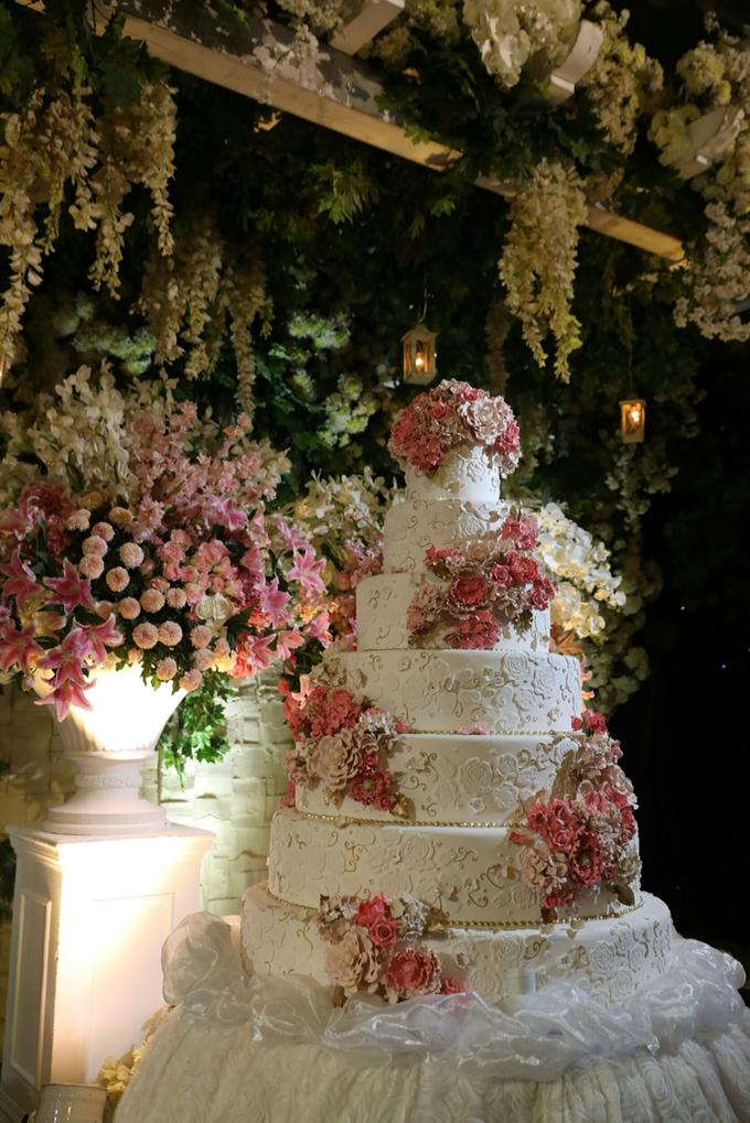 The wedding of gunawan yuliana by femys bridestory the wedding of gunawan yuliana by pf decoration 002 junglespirit Images