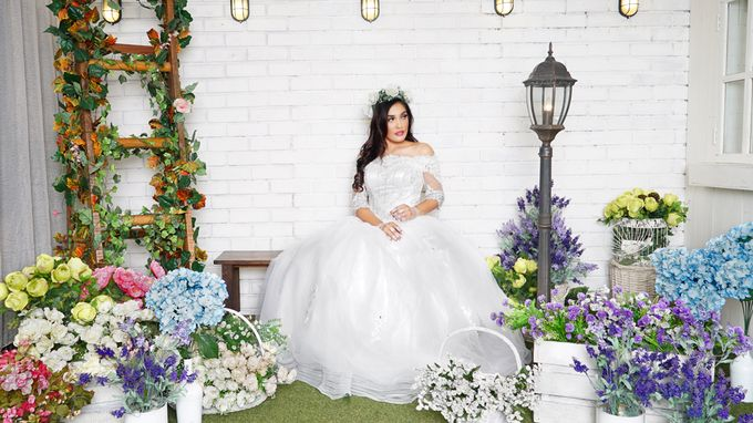 Lookbook Winona Bridal Collections by Winona Makeup & Bridal - 002