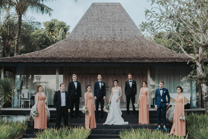 An Alfresco Wedding With Grecian Elements In Uluwatu Bali