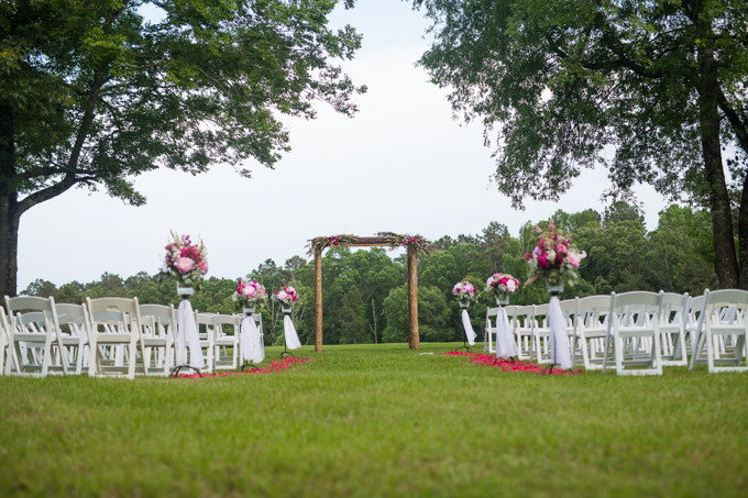 Add To Board A Truly Captivating Outdoor Wedding In Arkansas