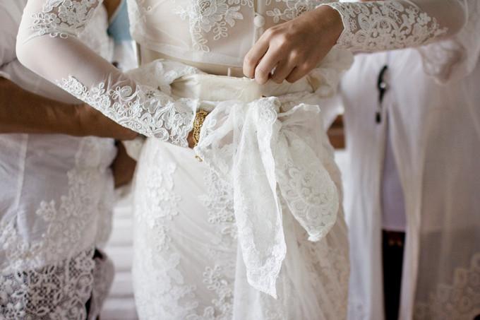 A kinfolk inspired backyard wedding in bandung bridestory blog a kinfolk inspired backyard wedding in bandung 018 junglespirit Image collections