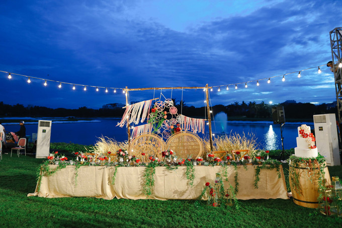 A chic outdoor wedding with a bohemian touch in jakarta a chic outdoor wedding with a bohemian touch in jakarta 030 junglespirit Gallery