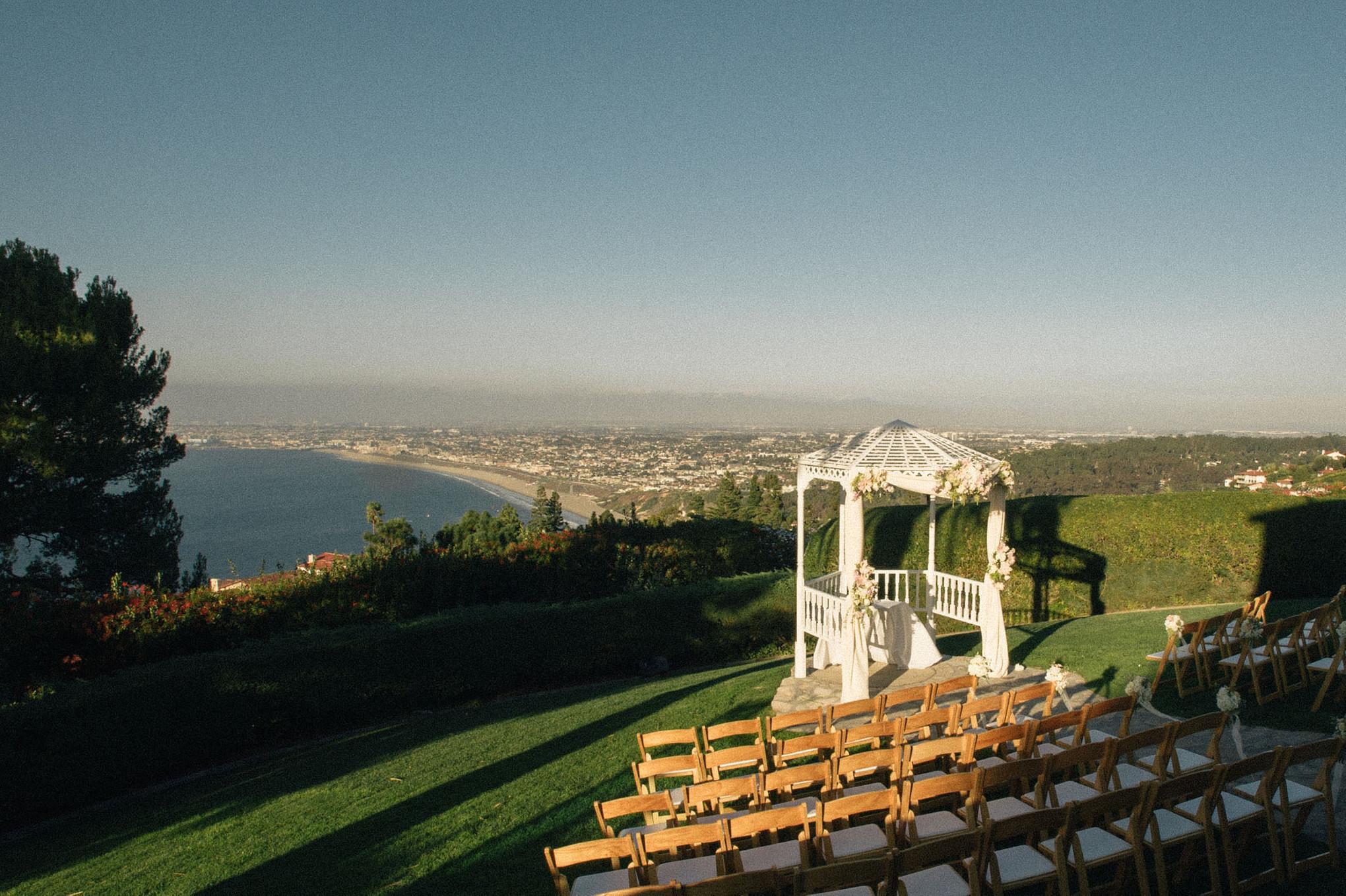 California Cliffside Wedding at La Venta Inn - Bridestory Blog