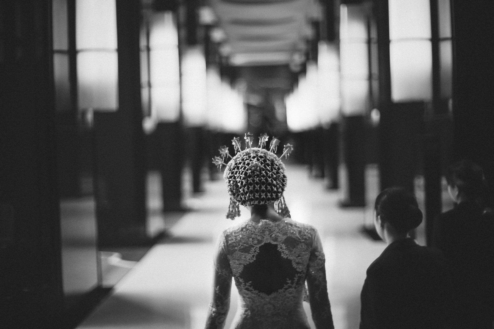 A Photographer's Elegant Black-and-White Wedding Album ...