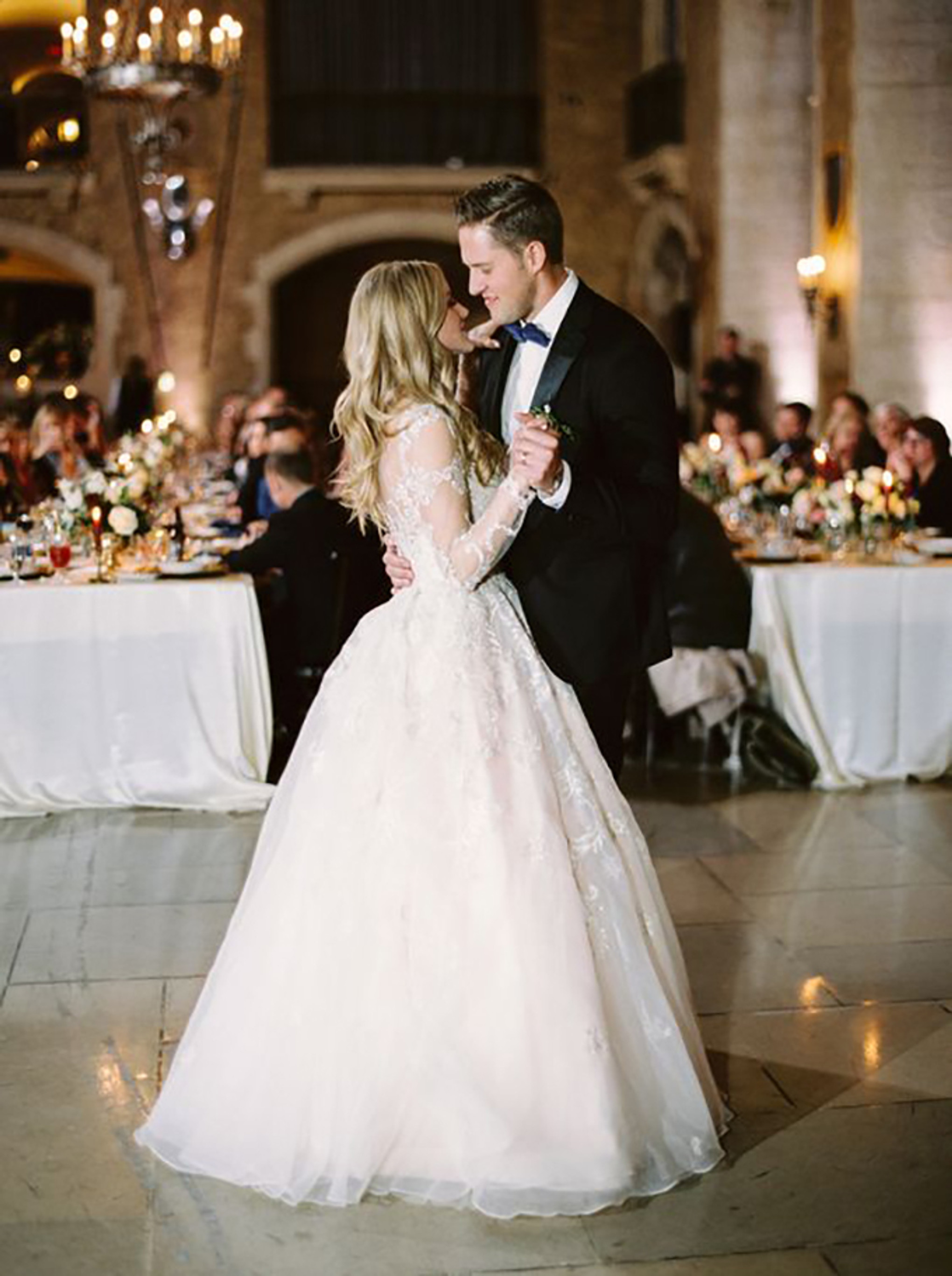 Sensational The Ultimate Disney Love Songs Wedding Playlist Bridestory Home Interior And Landscaping Eliaenasavecom