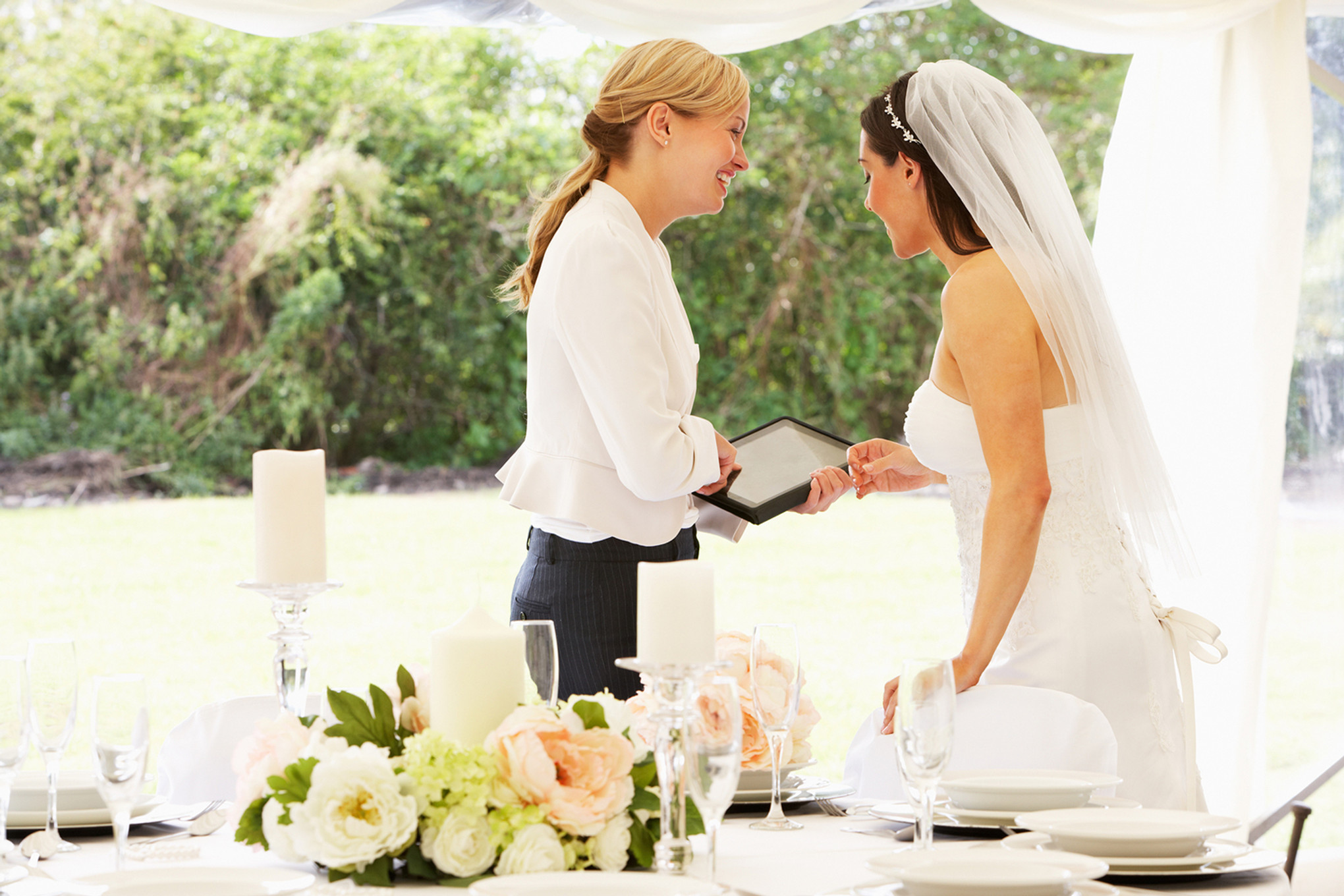 How Much To Tip Wedding Vendors.All You Need To Know About Wedding Vendors Bridestory Blog