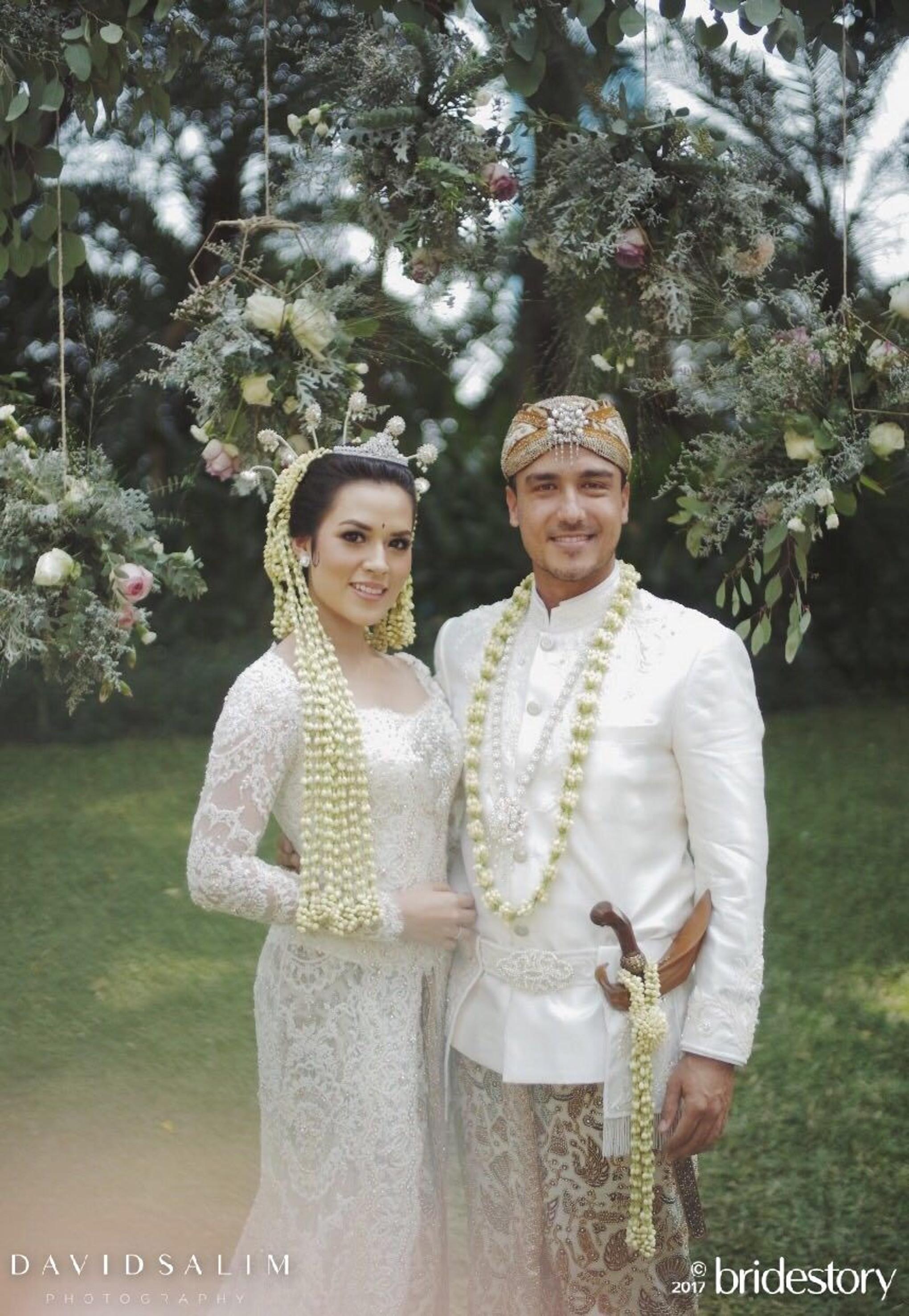 Exclusive! The Wedding of Raisa and Hamish: The Photo Album