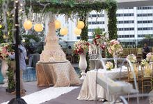 Wedding at Mandarin Oriental by Blooming Elise Flowers