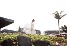 Romantic Gold Blush wedding at Alila Seminyak by Spectrum Agency