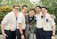 A Bright Yellow Chinese Wedding in Singapore by Peach Frost Studio