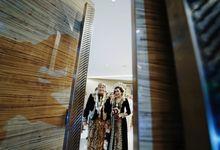 Gilland & Ulfa Wedding by Derzia Photolab