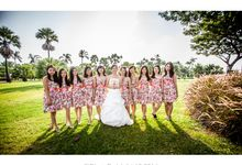 Specialised in photography & videography services for ROM and Actual Day wedding events by AK Kua Photography