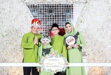 Unlimited 2 Hours Vicky & Atikah Wedding Day by Kece Photobooth