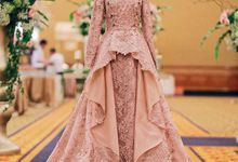 Rose gold wedding dress by FANNY KARTIKA