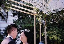 Robert and Michelle Wedding by Orchid Florist and Decoration