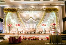Love is never wrong by Joelle Decoration