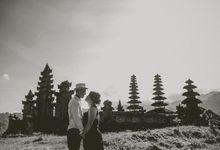 M & M prewedding at Nusa Lembongan by Bali Red Photography
