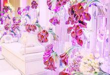 Flower Arrangement by REKA TEEMOR