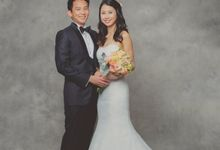 Tze Phern & Diana Studio portrait by Hong Ray Photography