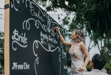 Tropical Quirky Wedding by Thomas Tan Photography