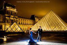 Paris Engagement Session by Barnas Viola Photography